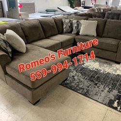 Sofa Sectional brown In Stock furniture for Sale in Madera,  CA