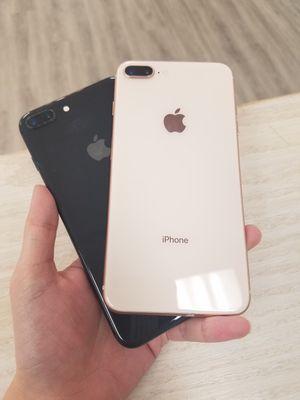 Apple iPhone 8 Plus Unlocked for Sale in Renton, WA