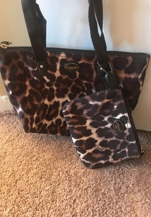 Small Coach purse and wallet for Sale in Troy, MI