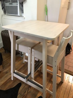Bar Table and stools almost new!! for Sale in Washington, DC