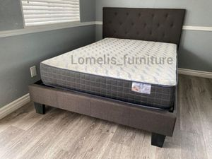 Queen beds with mattresses included for Sale in Corona, CA