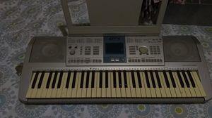 Keyboard (Yamaha) for Sale in Portland, OR