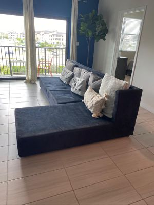 SOFA- BLACK SOFA (can be used as bed too) for Sale in Miami, FL