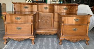 GORGEOUS Victorian Dresser & Nightstands for Sale in Murrieta, CA