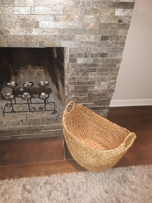 Large basket for Sale in Chicago, IL