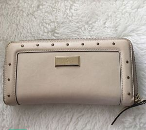 Kate spade ♠️ wallet for Sale in Lake Elsinore, CA