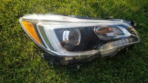 2017 Subaru outback xenon headlight oem for Sale in Pasco, WA