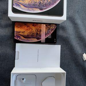 NEW IN BOX APPLE iPHONE XS MAX 256GB UNLOCKED VERIZON AT&T T-MOBILE CRI for Sale in Fresno, CA