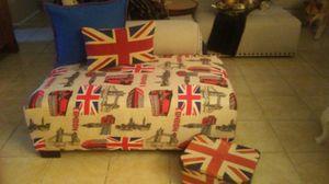 Large england theme ottoman for Sale in Phoenix, AZ