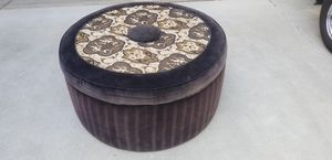 Ottoman for Sale in Madera, CA