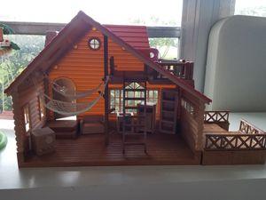 Woodzeez house great size for lol dolls for Sale in Pompano Beach, FL