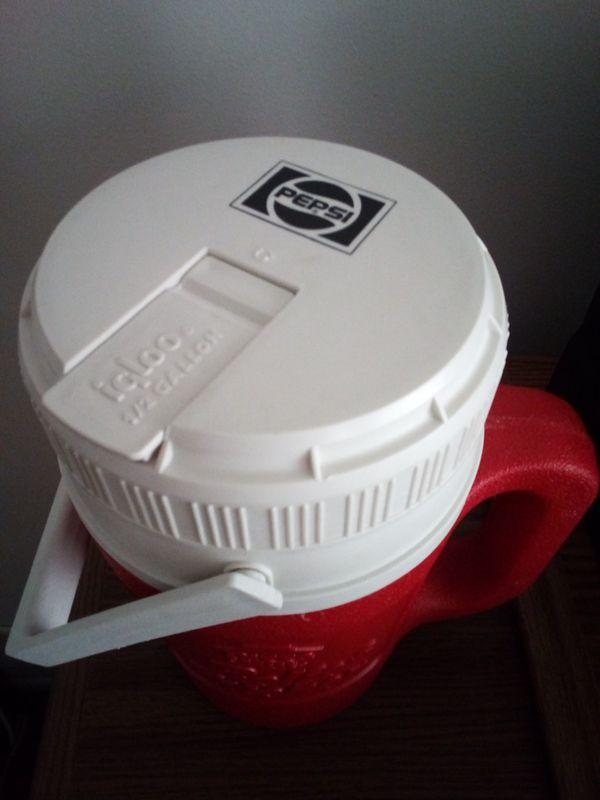 Pizza Hut Igloo cooler