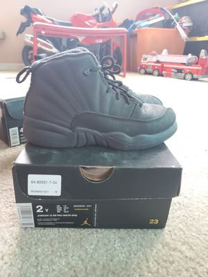 Jordan Retro 12 size 2Y for Sale in Los Angeles, CA