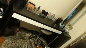 Vanity desk table with alex drawers and stool for Sale in Manteca, CA
