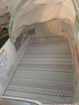 Baby bassinet for Sale in Kissimmee, FL