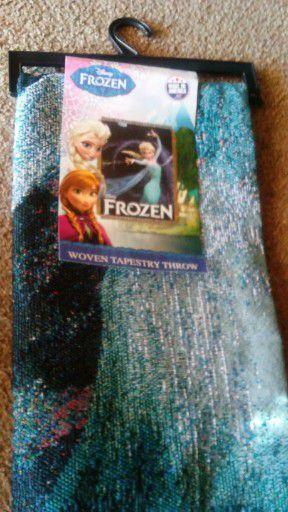 Frozen throw blanket brand new for Sale in Norwalk, CA