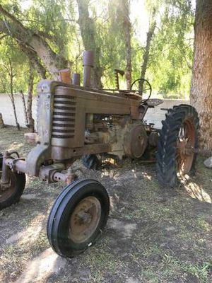John Deere Model A Tractor for Sale in San Fernando, CA
