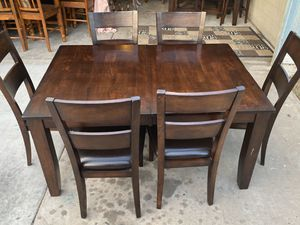 Dining room table set for Sale in Avondale, AZ