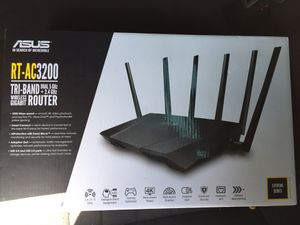 Asus RT-AC3200 wireless router for Sale in Grand Prairie, TX