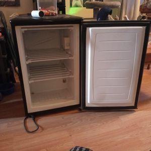 Mini Freezer for Sale in Philadelphia, PA