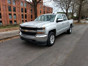 2017 chevy Silverado 1500 for Sale in Wellford, SC
