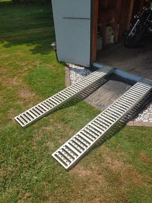 """Steel Loading Ramps 6ft. X 9"""" wide 50 or 40 to 45 for Sale in Brunswick, OH"""