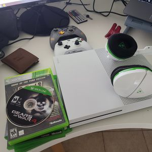 Xbox 1, 1TB for Sale in Miami, FL