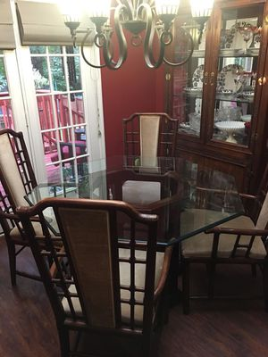 China cabinet and kitchen table for Sale in GOODLETTSVLLE, TN