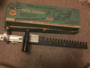 Vintage\antique hedge clippers. 1960-80s for Sale in Cleveland, OH