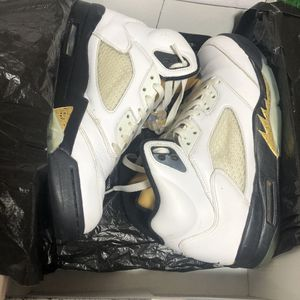 Jordan 5 Olympic size 9 for Sale in Albany, NY
