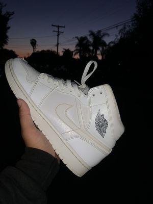 Jordan 1 Triple White Mid for Sale in Pomona, CA