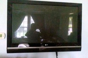 "42"" LG plasma tv for Sale in Gladewater, TX"