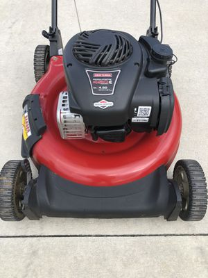 Lawnmower 2016 poco uso for Sale in Kissimmee, FL