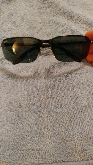 Ray Ban sunglasses for Sale in St Louis, MO