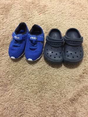 Baby kids shoes size 7 - 9 Good condition like new for both $20. Price firm for Sale in San Diego, CA