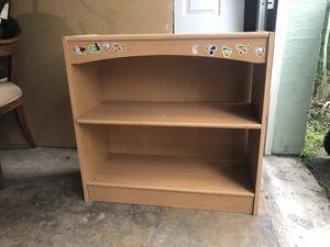 Bookshelve for Sale in Miami, FL