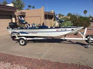 Bass boat fishing boat for Sale in Tempe, AZ