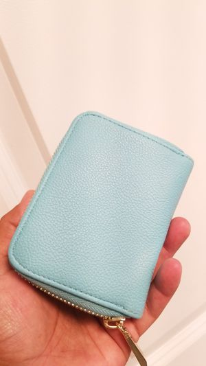 Small wallet for Sale in Chicago, IL