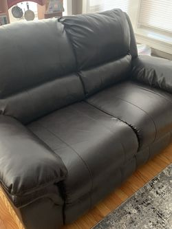 Manual Recliner Loveseat for Sale in Chicago,  IL