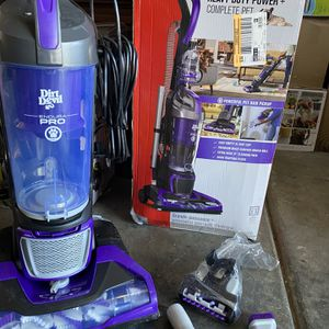Dirt devil Pro pet Bagless upright vacuum cleaner New in a box with all accessories included for Sale in Las Vegas, NV