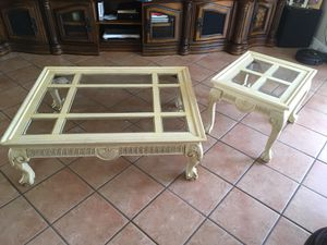 Coffee Table and Couch End Table for Sale in Miami Gardens, FL