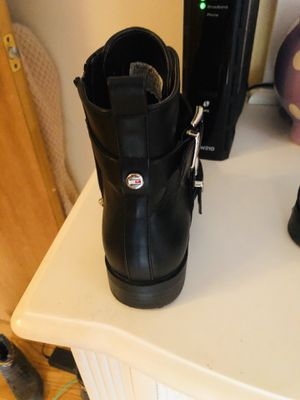 Girls' boots size 3 for Sale in Evanston, IL