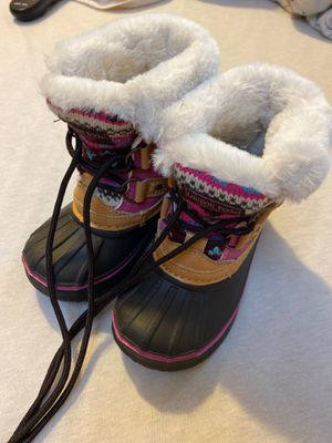 Toodler girl boots. Size 7. for Sale in Ossining, NY