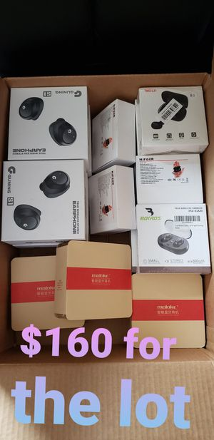 Different Brand Bluetooth Headphones 16 Sealed Boxes for Sale in Phoenix, AZ