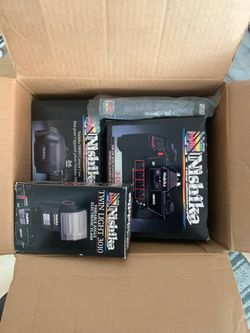 Nishika N8000 35mm 3D Film Camera with original box set! for Sale in Pleasanton,  CA