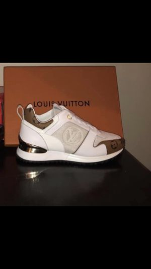 Louis Vuitton Sneakers for Sale in Detroit, MI