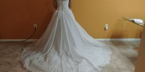 Vera Wang Wedding Dress for Sale in FAIRMOUNT HGT, MD