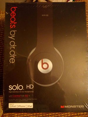Beats solo HD headphones for Sale in Los Angeles, CA