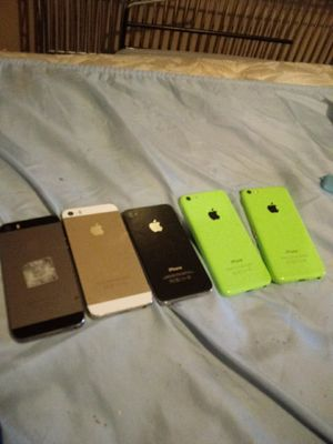 5 locked I-Phones.. I-Phone SE,4s &5s in Prestine Working Condition for Sale in Albuquerque, NM