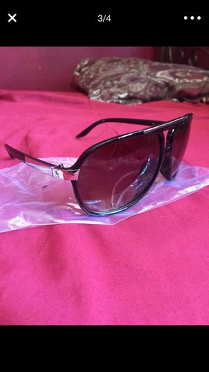 Mens Black Polarized Sunglasses for Sale in San Diego, CA